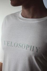 Shirt von Less Too Late, dem Startup des Monats im April 2017 aus Köln