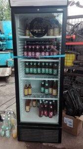 Opa Alfi's Eistee-Kühlschrank auf dem Pirate Summit leerte sich schnell
