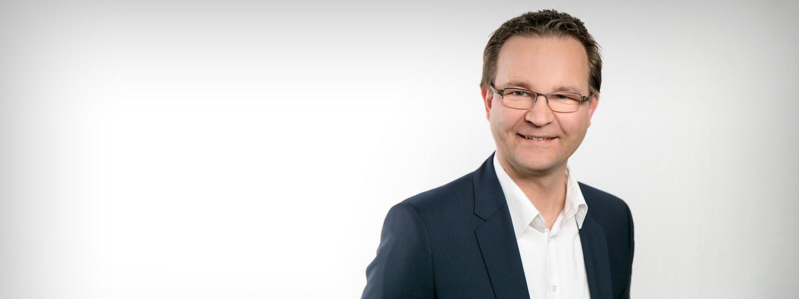 Steuerberater Markus Schmetz im Interview zu den neuen Krankenkassenbeitrags-Regelungen für freiwillig gesetzlich Versicherte
