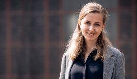Frau an Steuer: Jacqueline Eck, Expertin für Transformation