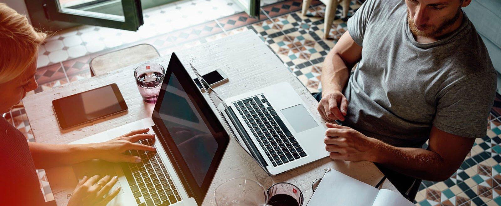 Wenn sich Job und Privatleben vermischen: Auf gute Zusammenarbeit