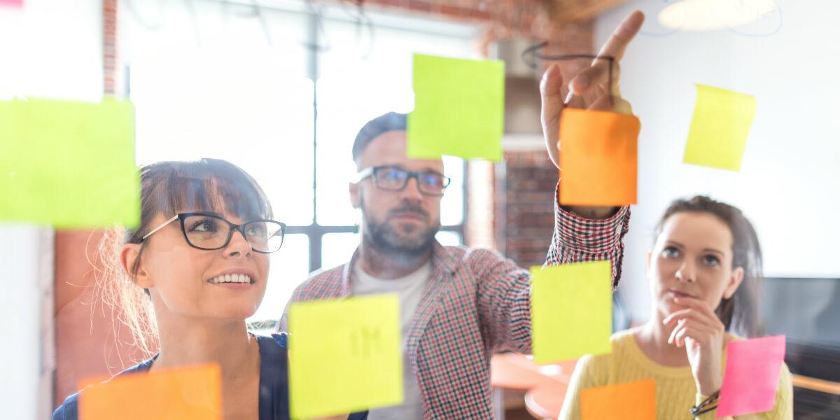 Networking & News Quellen für Arbeitgeber und die Einstellung von Mitarbeitern