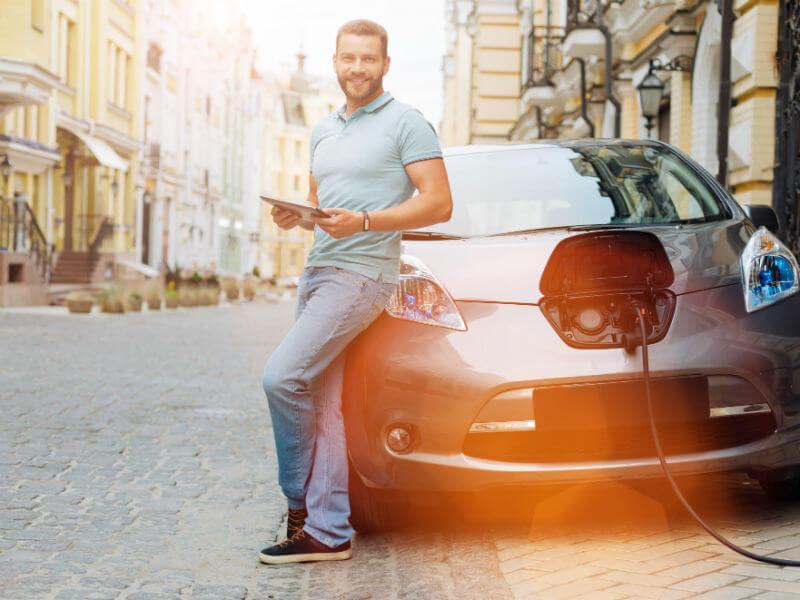 Elektrofahrzeug als Firmenwagen