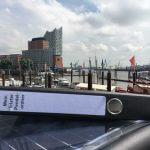 Der Pendelordner in Hamburg bei der Elbphilharmonie